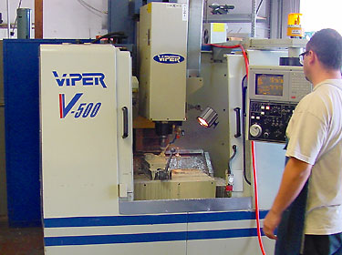 CNC_machining_center.jpg (49478 bytes)
